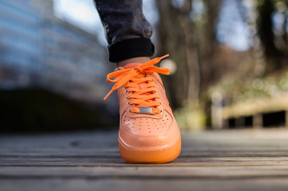 womens-air-force-1-sunset-glow-3