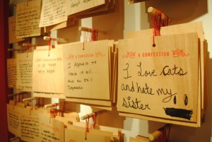 Confessions-plaques-6