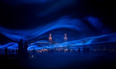 daan-roosegaarde-museumplein-waterlicht-designboom-10