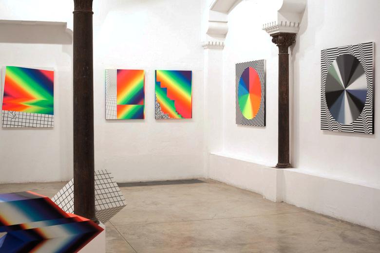 felipe-pantone-opticromias-exhibition-delimbo-gallery-09