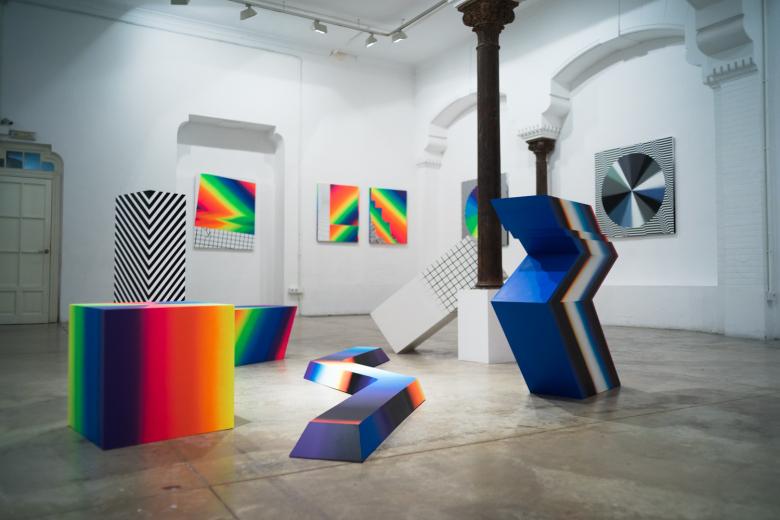 felipe-pantone-opticromias-exhibition-delimbo-gallery-14