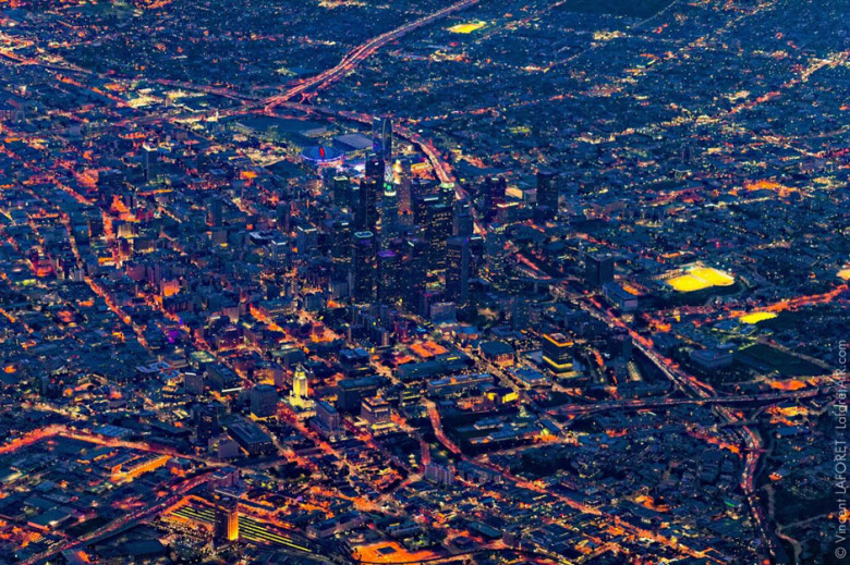 stunning-aerial-footage-photos-of-los-angeles-from-10000-feet-by-vincent-laforet-4